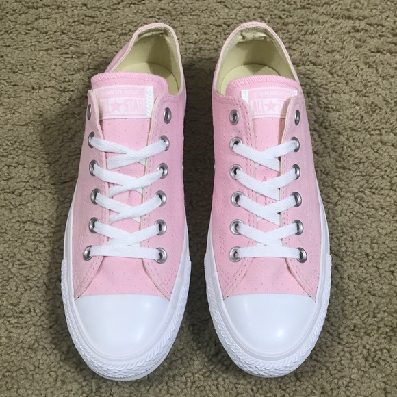 64f8dd50485073 Converse Low Top Cherry Blossom Sneakers